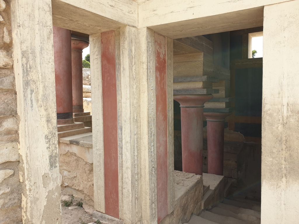 The palace of Knossos is a real labyrinth