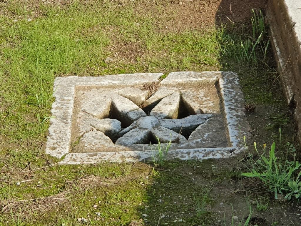 Ancient Hellenic version of a street gutter
