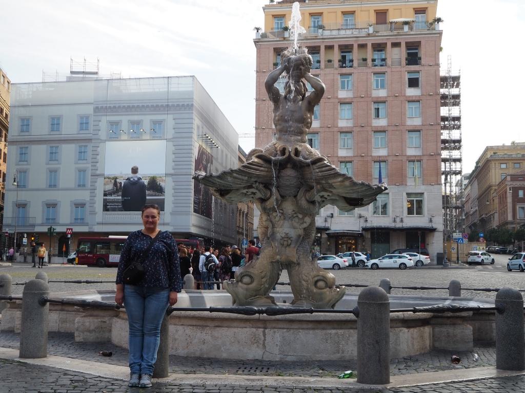 Площад Барберини, Рим