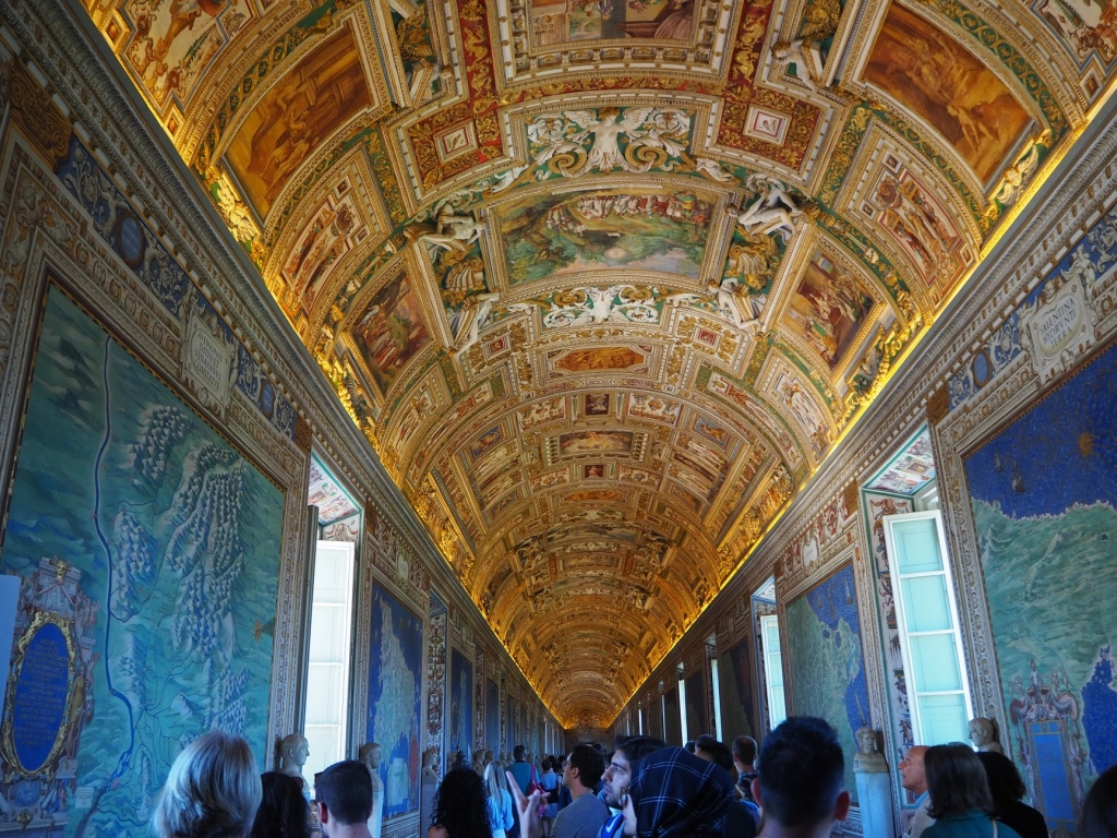 See the Vatican: the Gallery of Maps