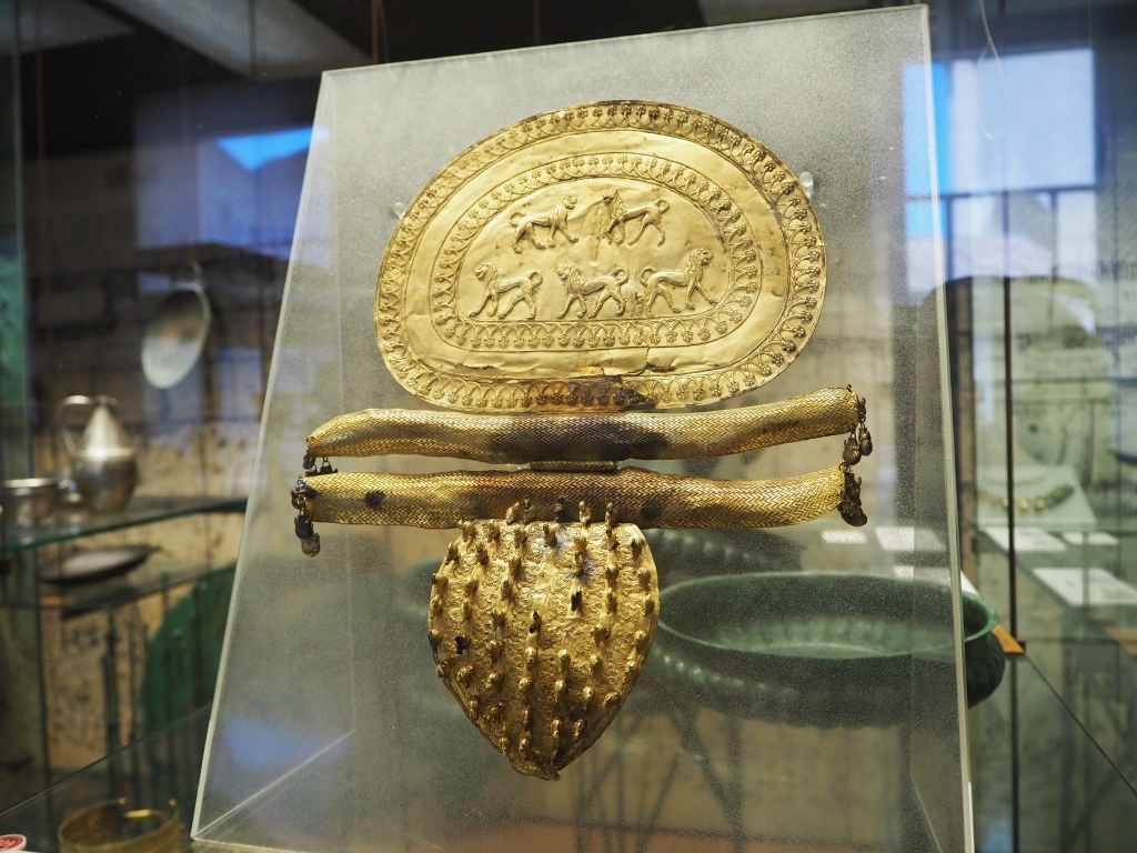 See the vatican: The Gregorian Etruscan Museum