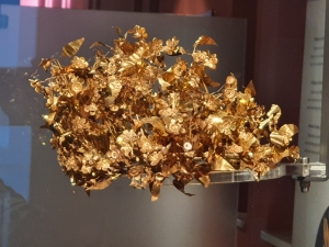 Thessaloniki Archaeological Museum: golden laurel wreath