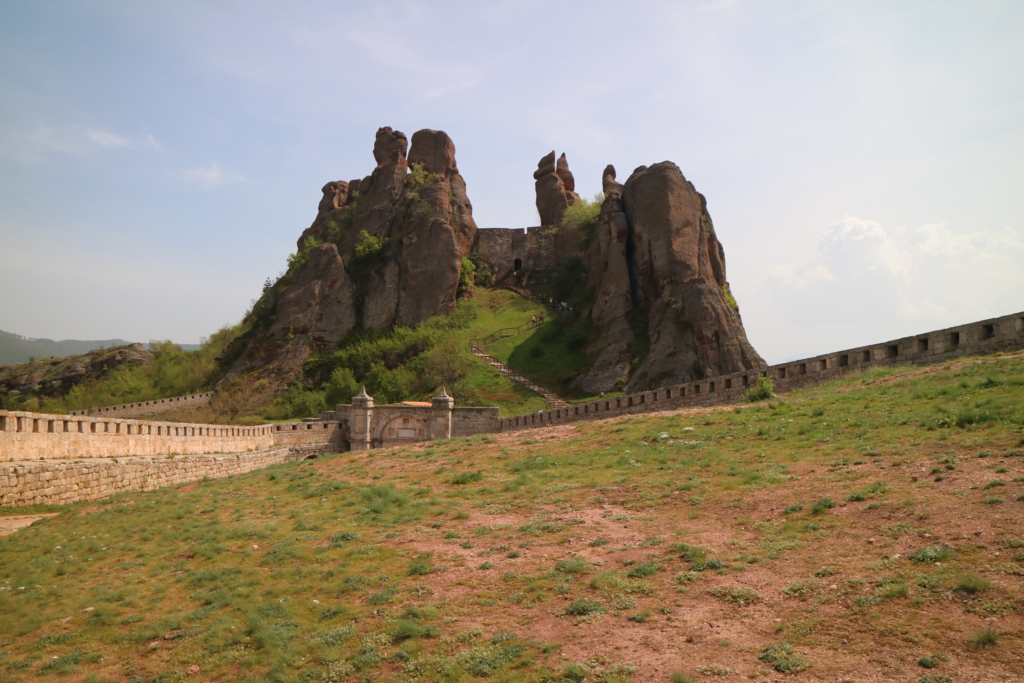 places to visit with 'B' around Bulgaria: Belogradchik Fortress