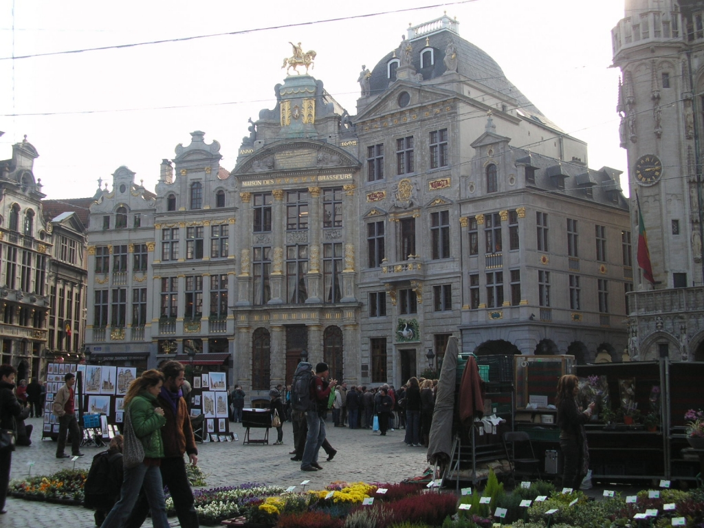 Flower market at the Brussels center